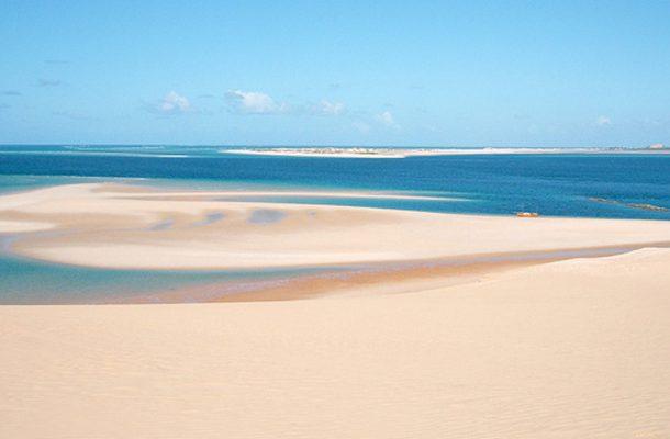 Bazaruton saaret ovat muodostuneet hiekasta satoja tuhansia vuosia sitten.