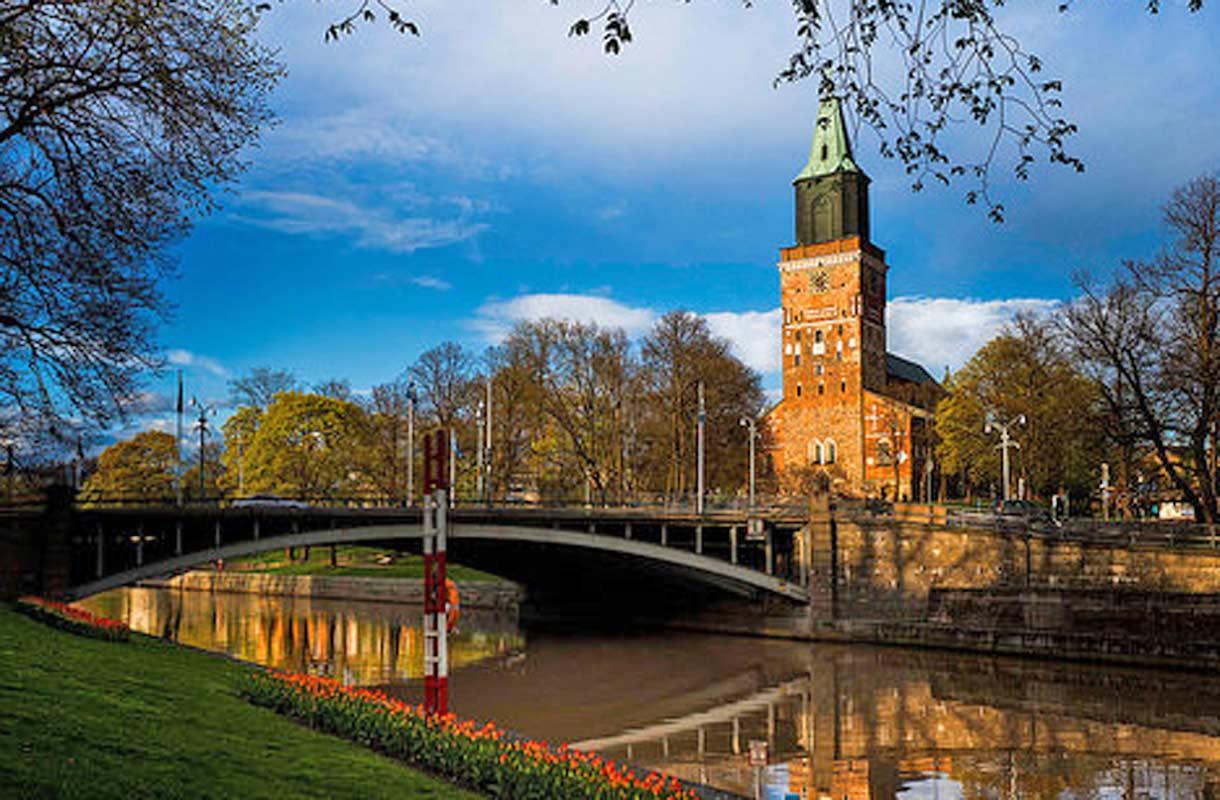 Onnibus Jyväskylä Turku