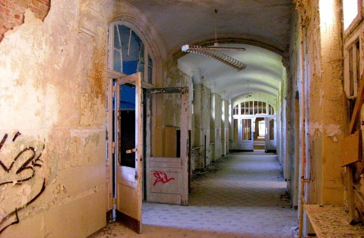 Beelitz-Heilstätten sijaitsee tunnin junamatkan päässä Berliinistä