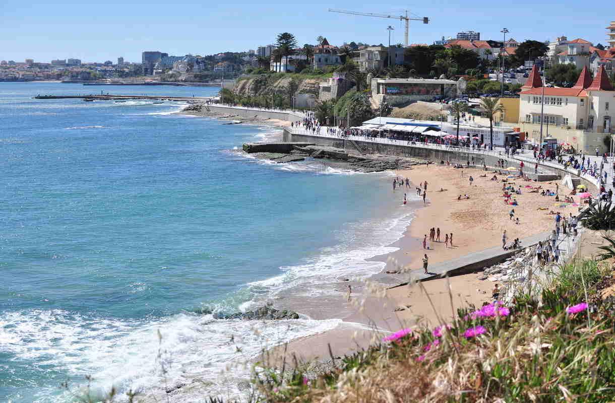 Estoril on rantakohde Lissabonin vieressä
