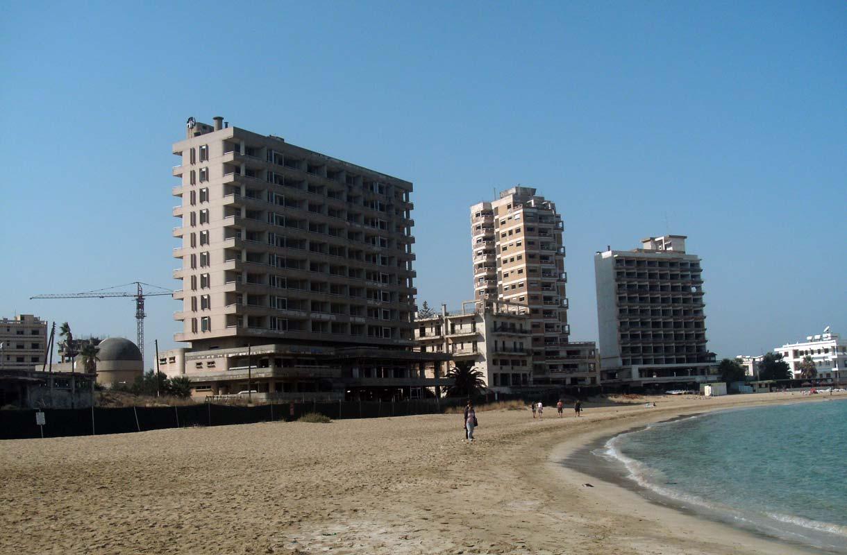 Pohjois-Kyproksen aavekaupunki Varosha halutaan avata uudelleen