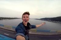 Ukrainalaismies metron katolla