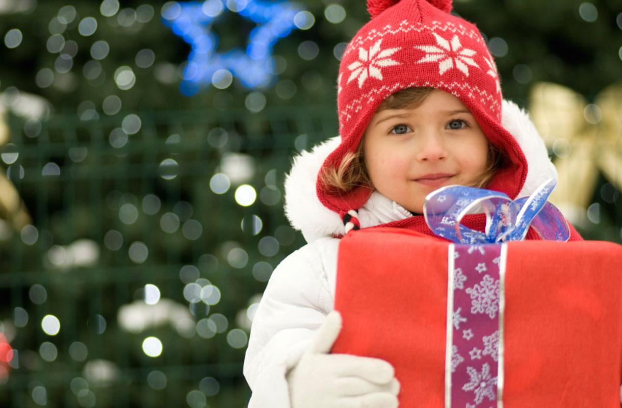 Lapsi ja joululahja