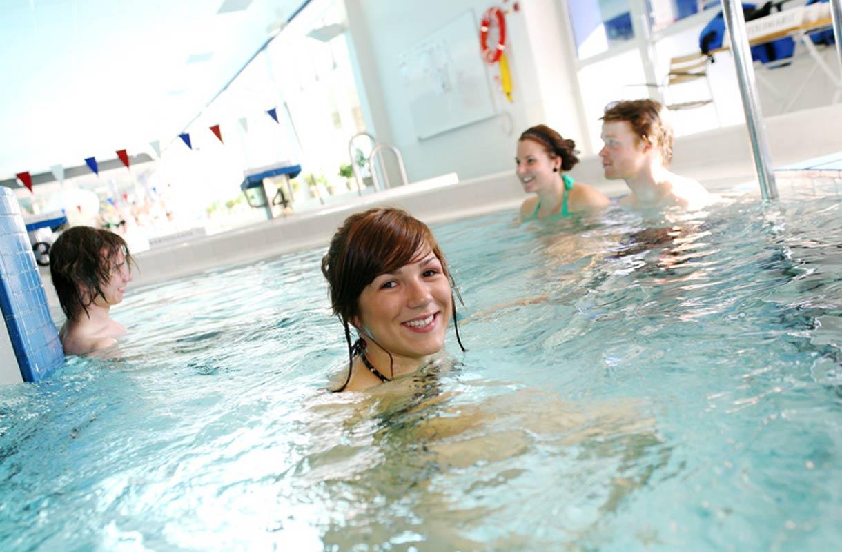 Rovaniemen kylpylästä löytyy erilaisia altaita.