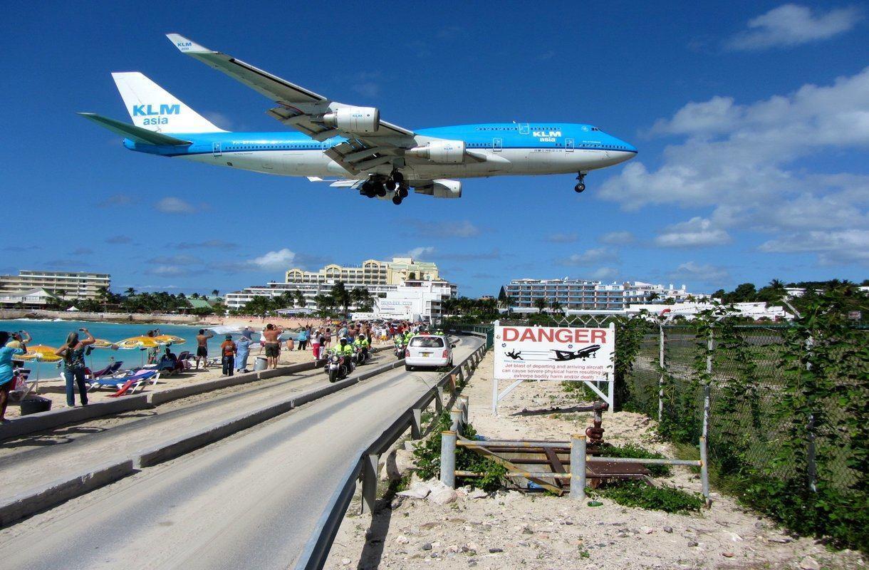 St. Martinin kuuluisa lentokenttä