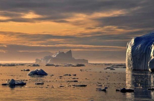 Jäävuoria Grönlannissa