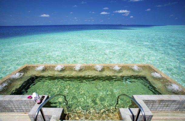 Spa-allas Velassarun hotellissa Malediiveilla