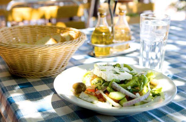 Kreikkalainen salaatti on Kreikan klassikko