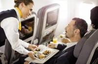 Lufthansan lentokoneen matkustamo