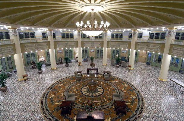 West Baden Springs -hotellin aula
