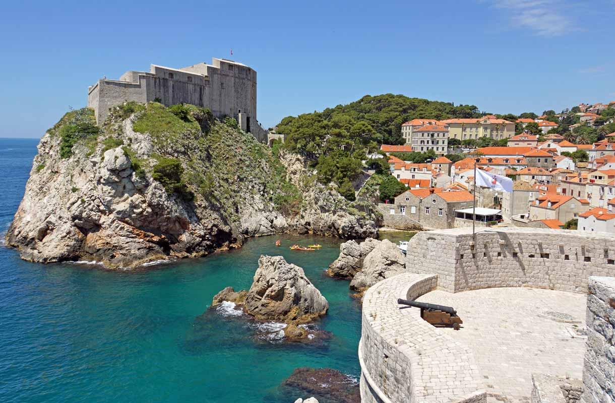 Dubrovnikin historiallinen vanhakaupunki on kiinnostava kohde.