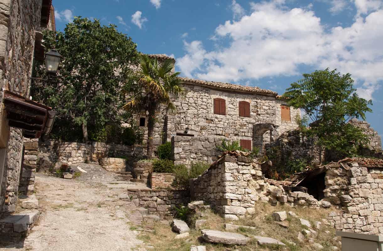 Kroatian Hum on maailman pienin kaupunki