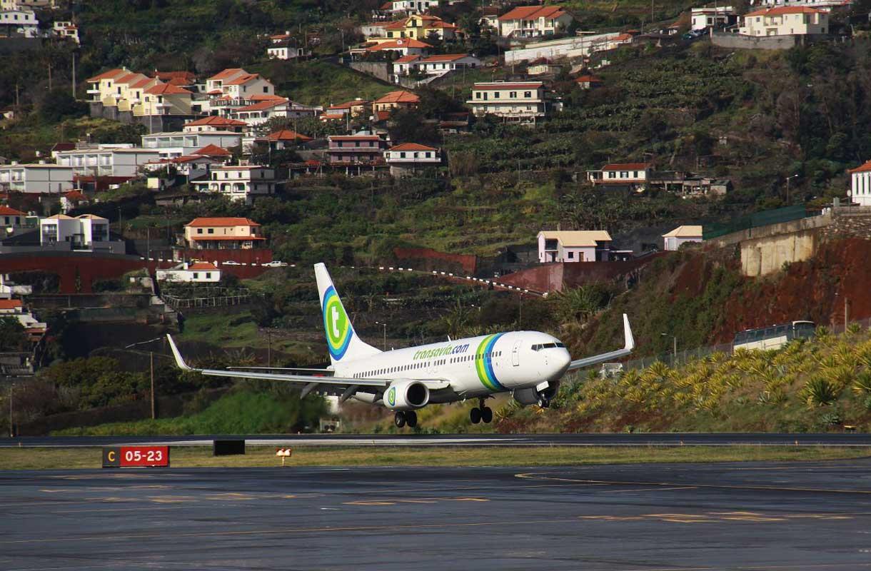 Funchalin lentokentälle laskeutuminen vaatii lentäjältä lisäkoulutusta.