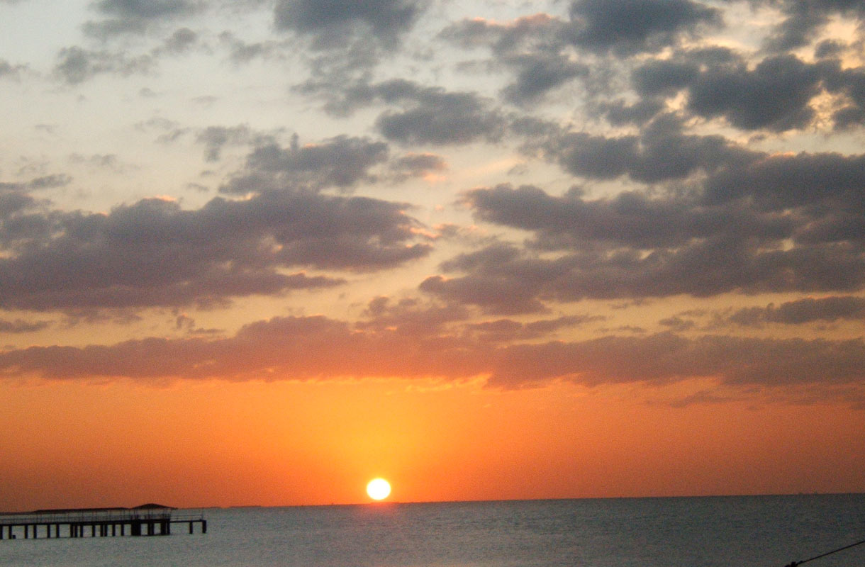 Auringonlasku Ajmanissa.