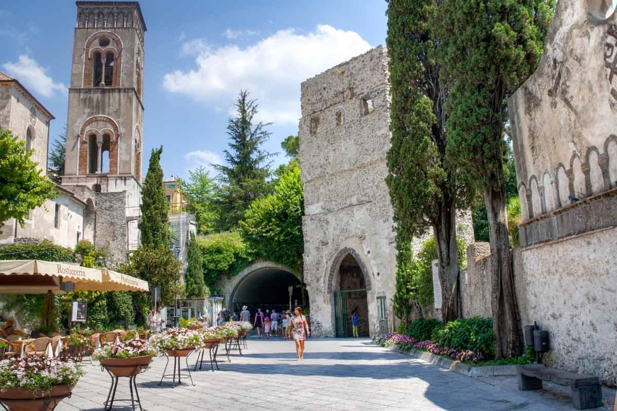 Ravellon kaupunki on yksi Amalfin rannikon kiinnostavimmista kohteista.
