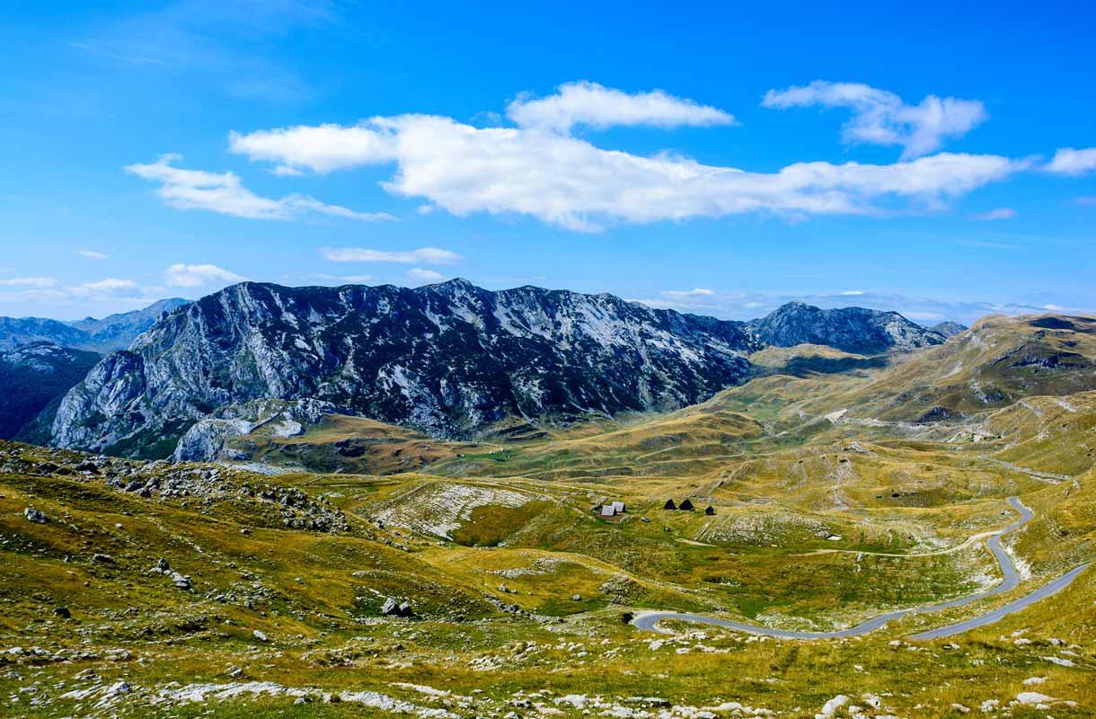 Durmitorin kansallispuisto on yksi Montenegron suosituimmista kansallispuistoista.
