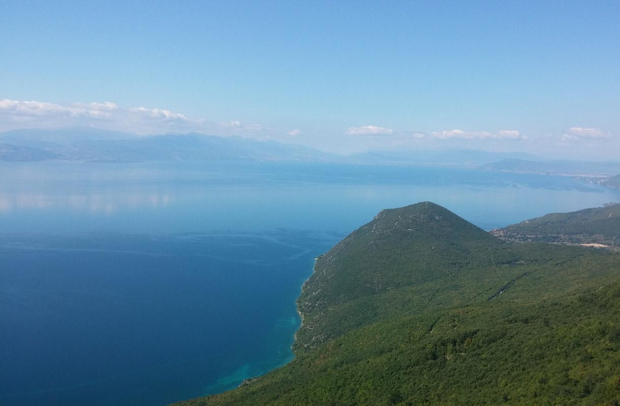 Ohridjärvi on uskomattoman kirkasvetinen.
