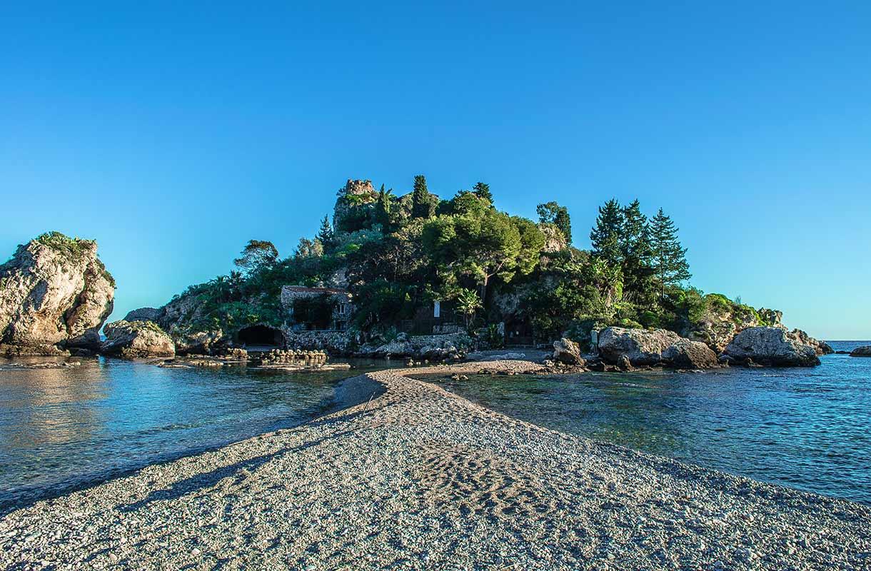 Isola Bellan ranta Sisiliassa