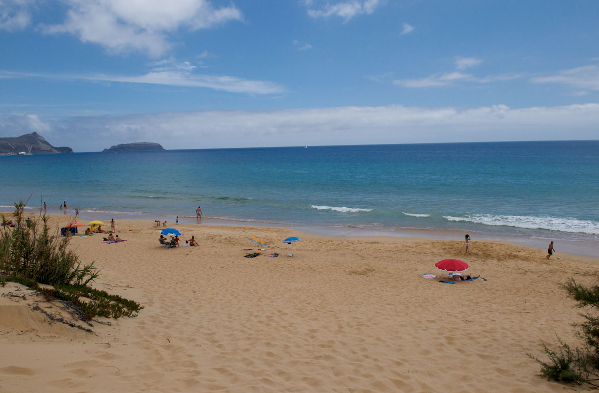 Porto Santo on salainen helmi lähellä Madeiraa.