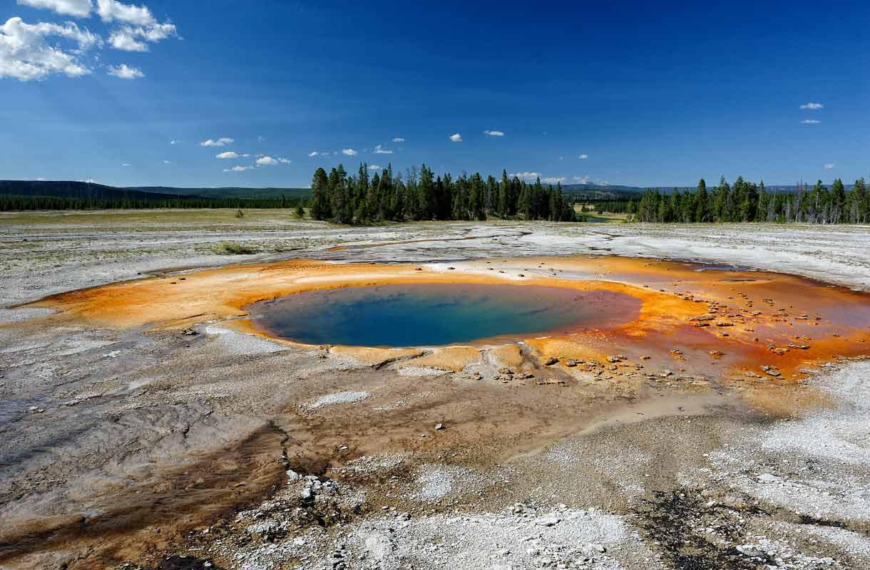 Yellowstonen kansallispuisto Yhdysvalloissa