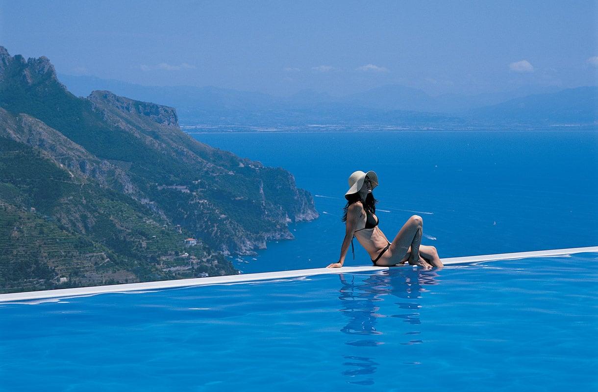 Uima-allas Italian Amalfin rannikolla