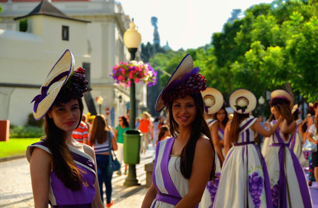 Madeiran tärkeimpiin tapahtumiin kuuluu Madeira Wine Festival.
