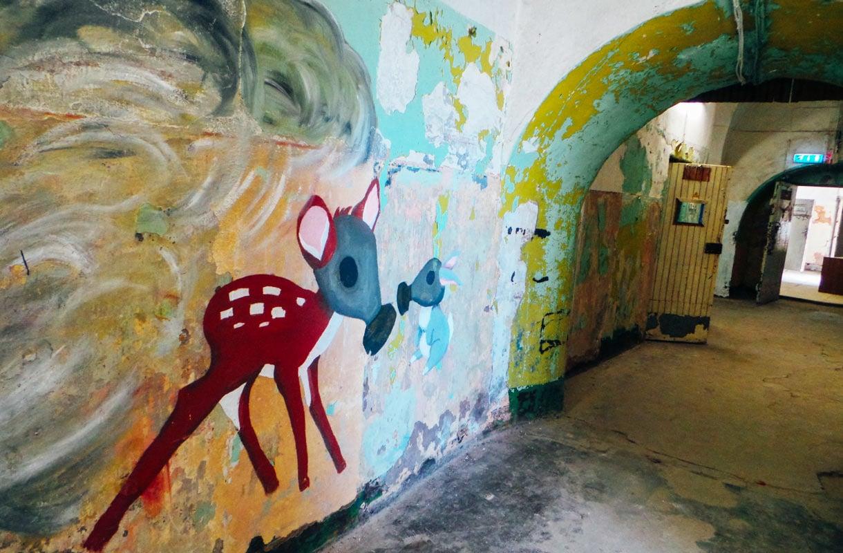 Patarein graffitit ovat teemoiltaan synkkiä.