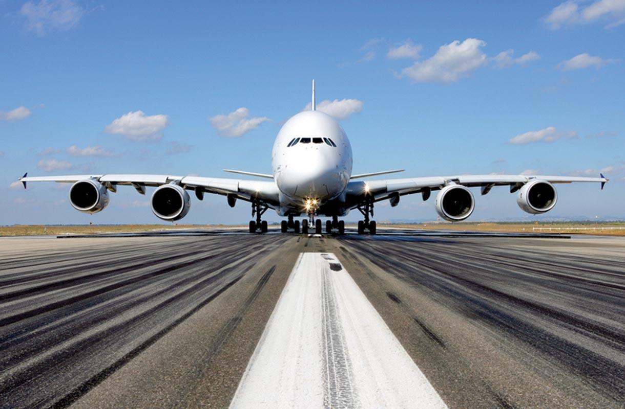 Emiratesin lentokone