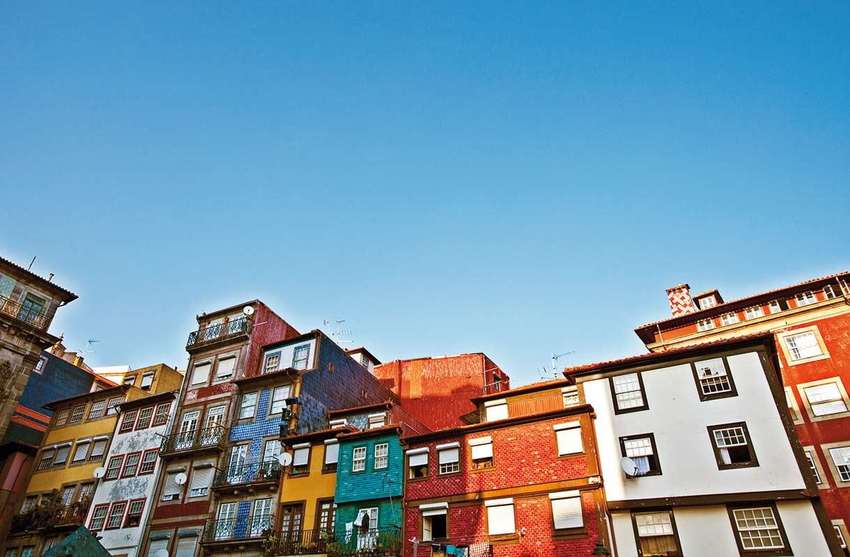 Taloja Portossa