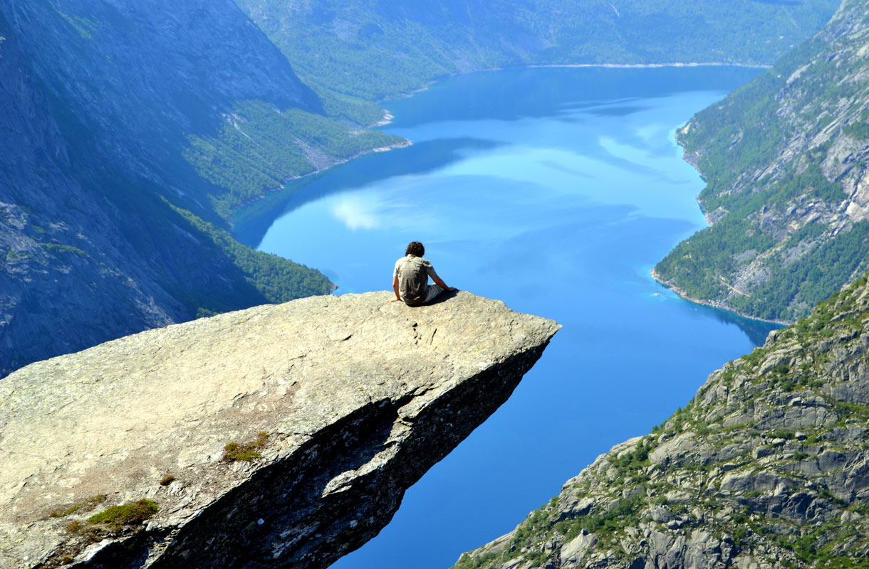 Trolltunga, Norja