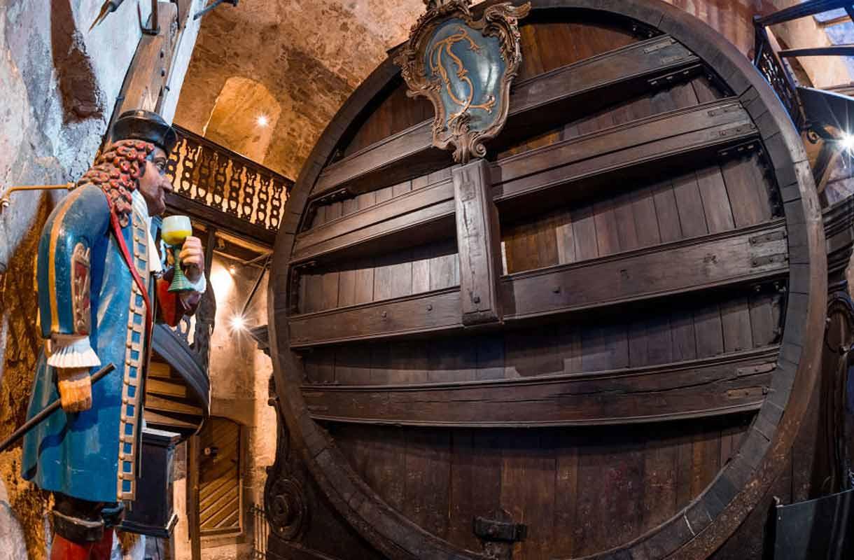 Heidelbergin linnan suuri viinitynnyri