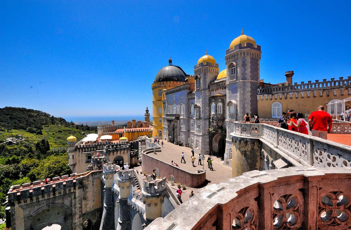Portugalin Sintra on suosittu päiväretkikohde Lissabonista
