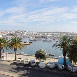 Portugalin Lagos on suosittu lomakohde Algarvessa.