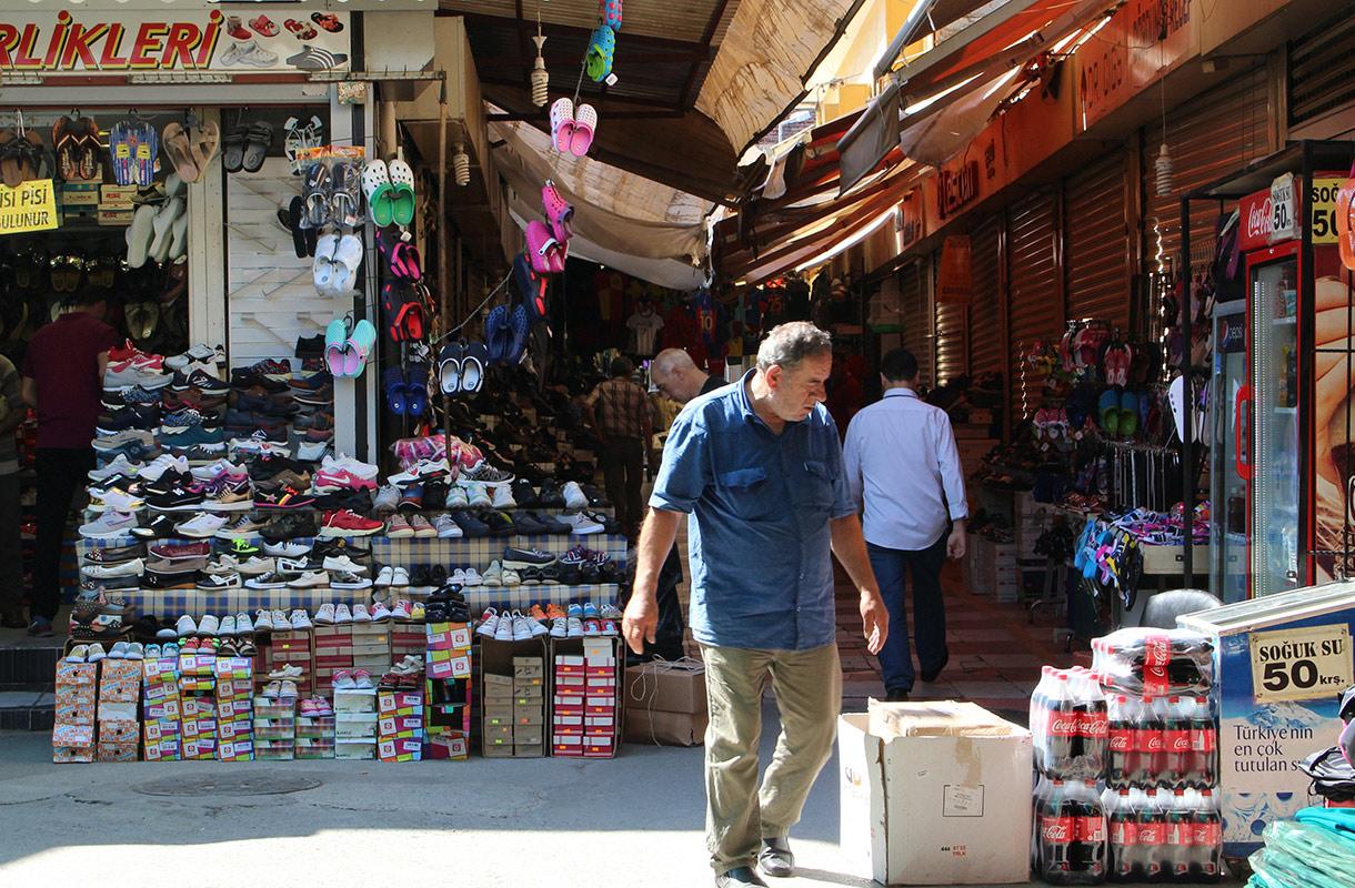 Izmirin basaari, Turkki