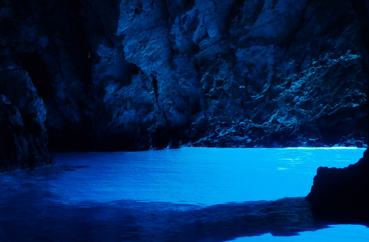 Sininen luola, Kroatia