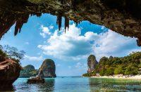 Thaimaahan saapuvilta matkailijoilta voidaan kysyä reissubudjetista