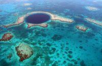 Sininen aukko on Belizen tunnetuin nähtävyys