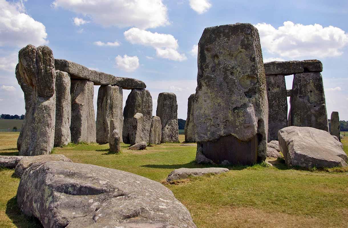 Ison-Britannian kuuluisa Stonehenge