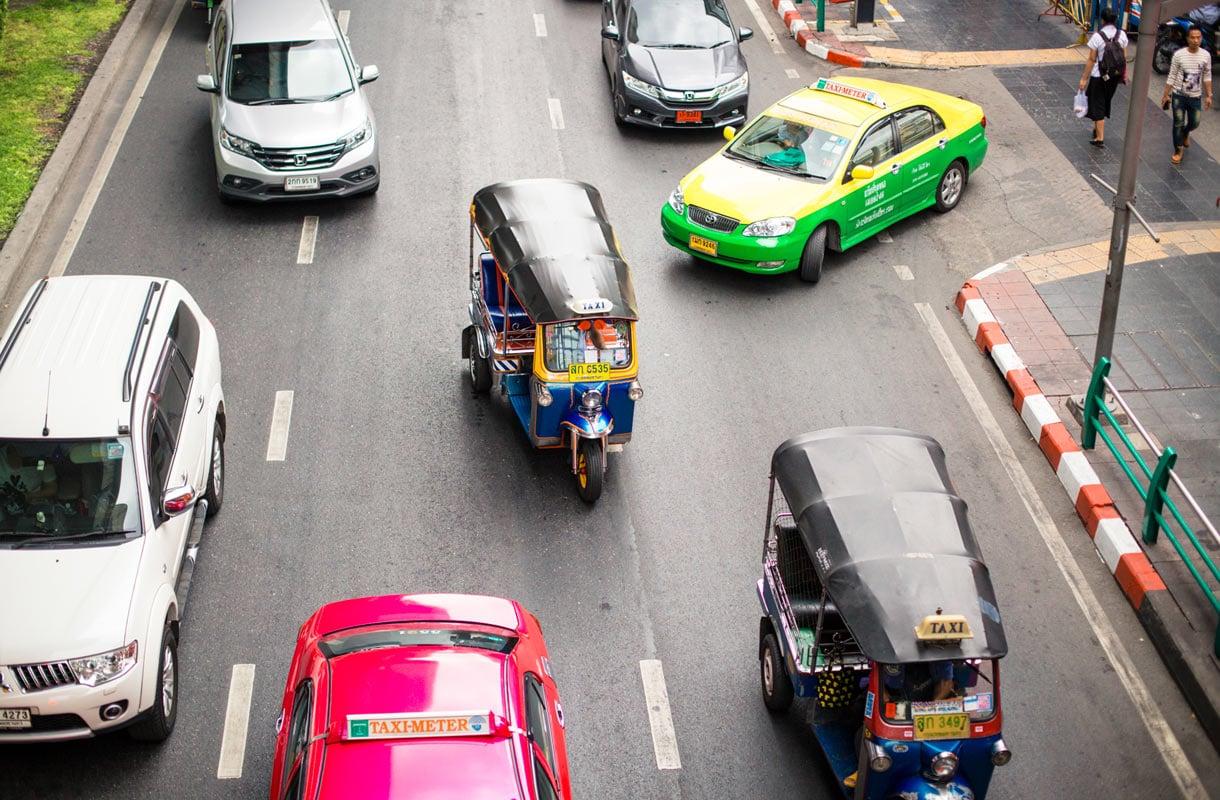 Thaimaan liikenneturvallisuus on maailman huonoimpia