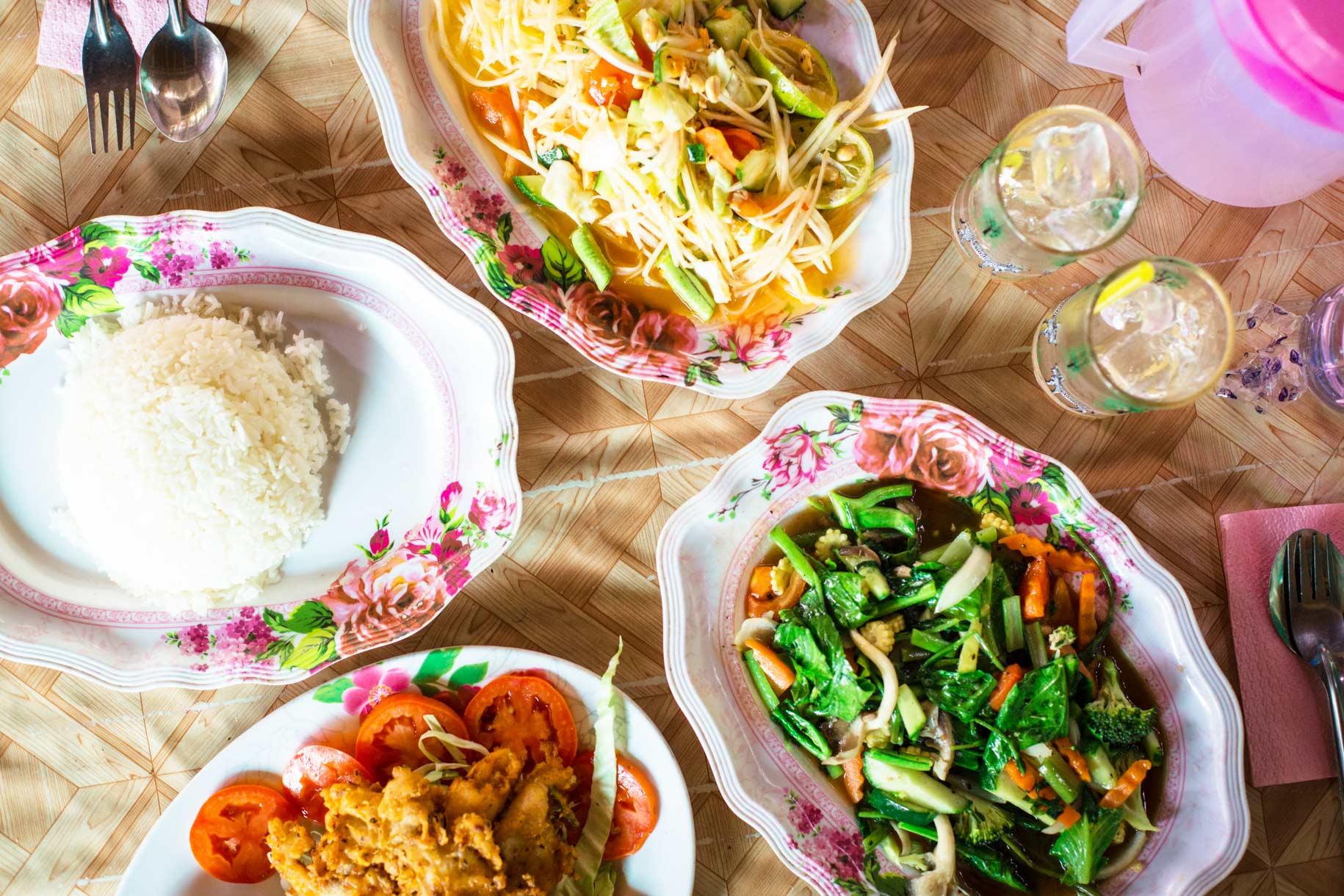 Thaimaassa aamupala on hyvin erilainen kuin länsimaissa