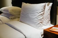 Voiko hotellihuoneen tallelokeroon luottaa?