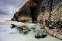 Playa Catedrales on yksi Espanjan kauneimmista rannoista