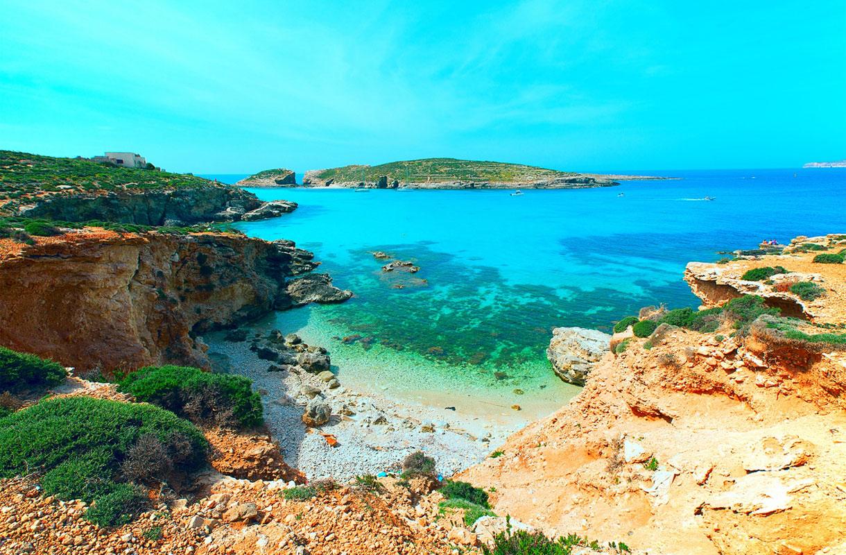 Oletko kuullut Maltan Cominosta? Sininen laguuni on upea näky