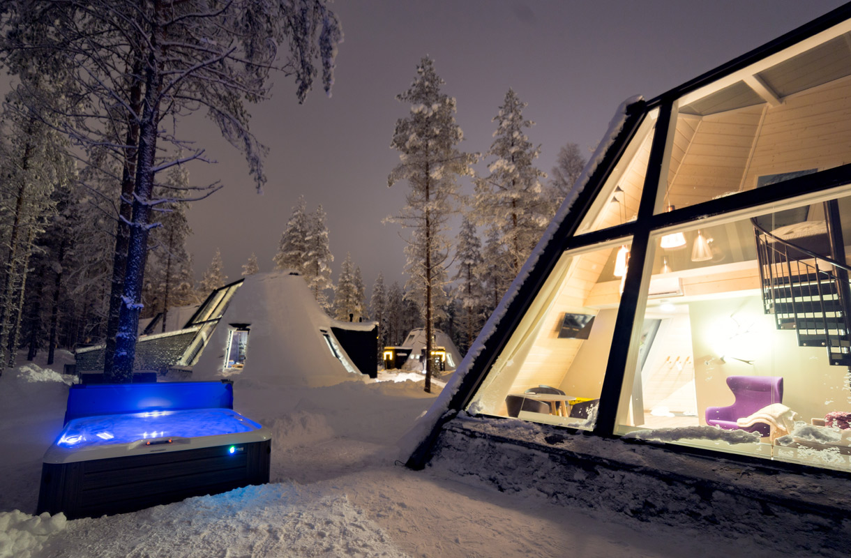 Snowman Glass Resort