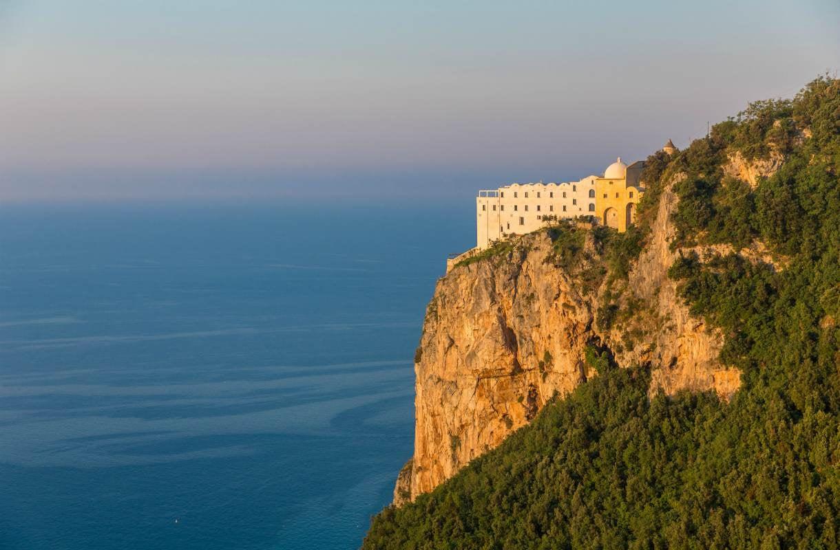 Luksushotelli Monastero Santa Rosa Amalfin rannikolla