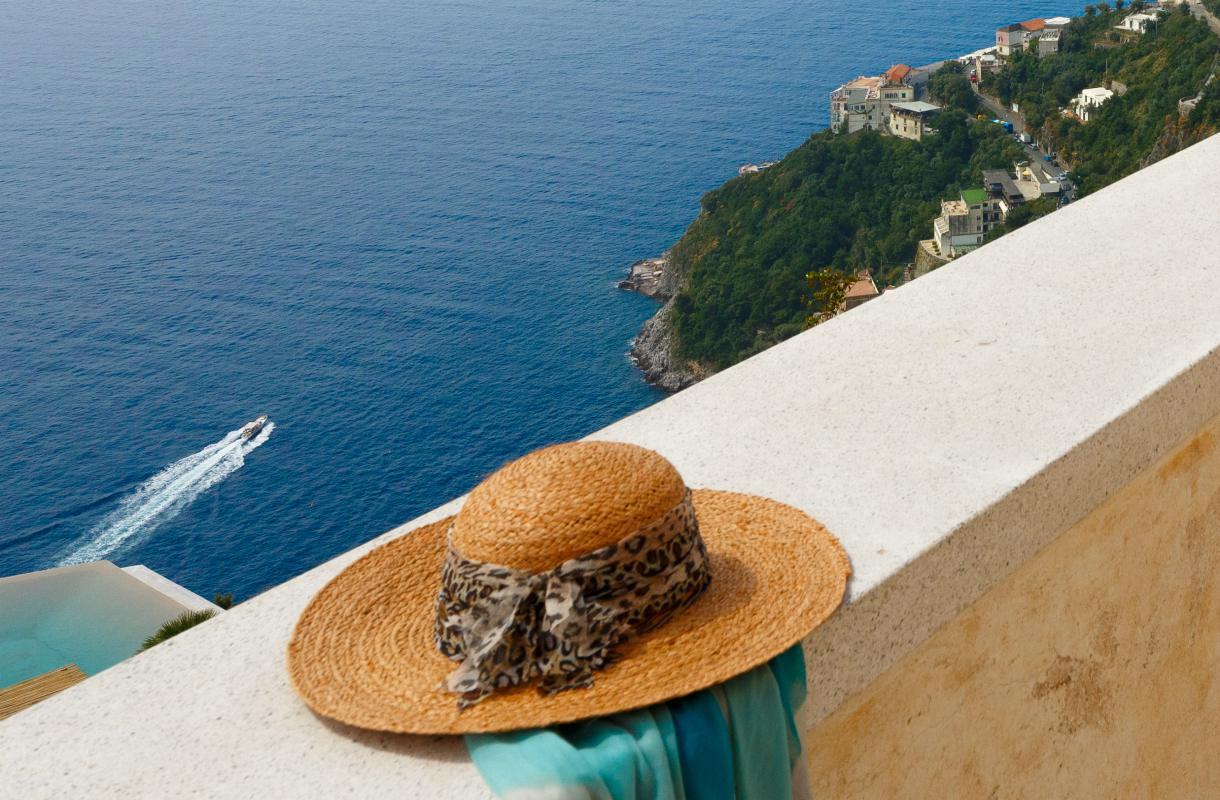 Uima-allas Amalfin rannikolla