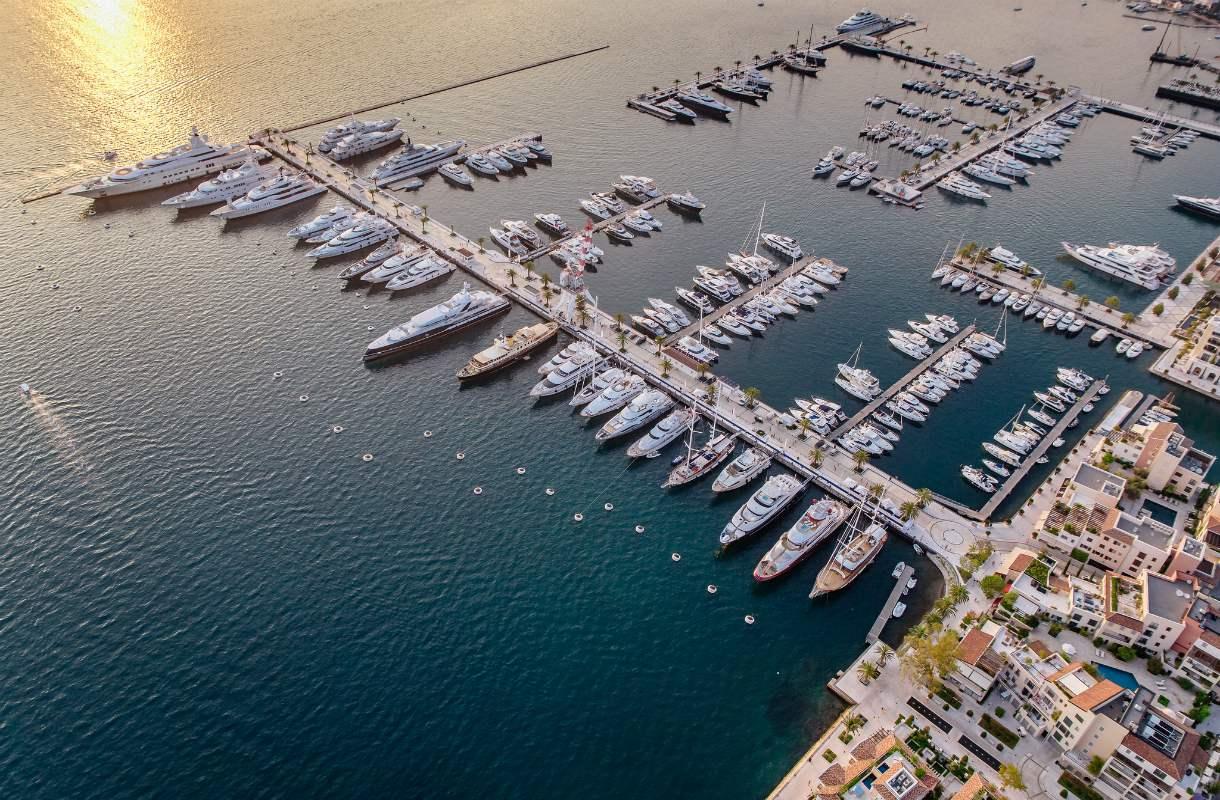 Tivatin vetonaula Porto Montenegro