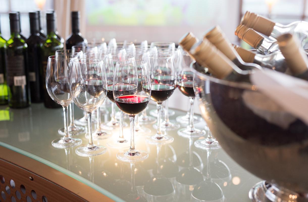 Maailman vanhin viini