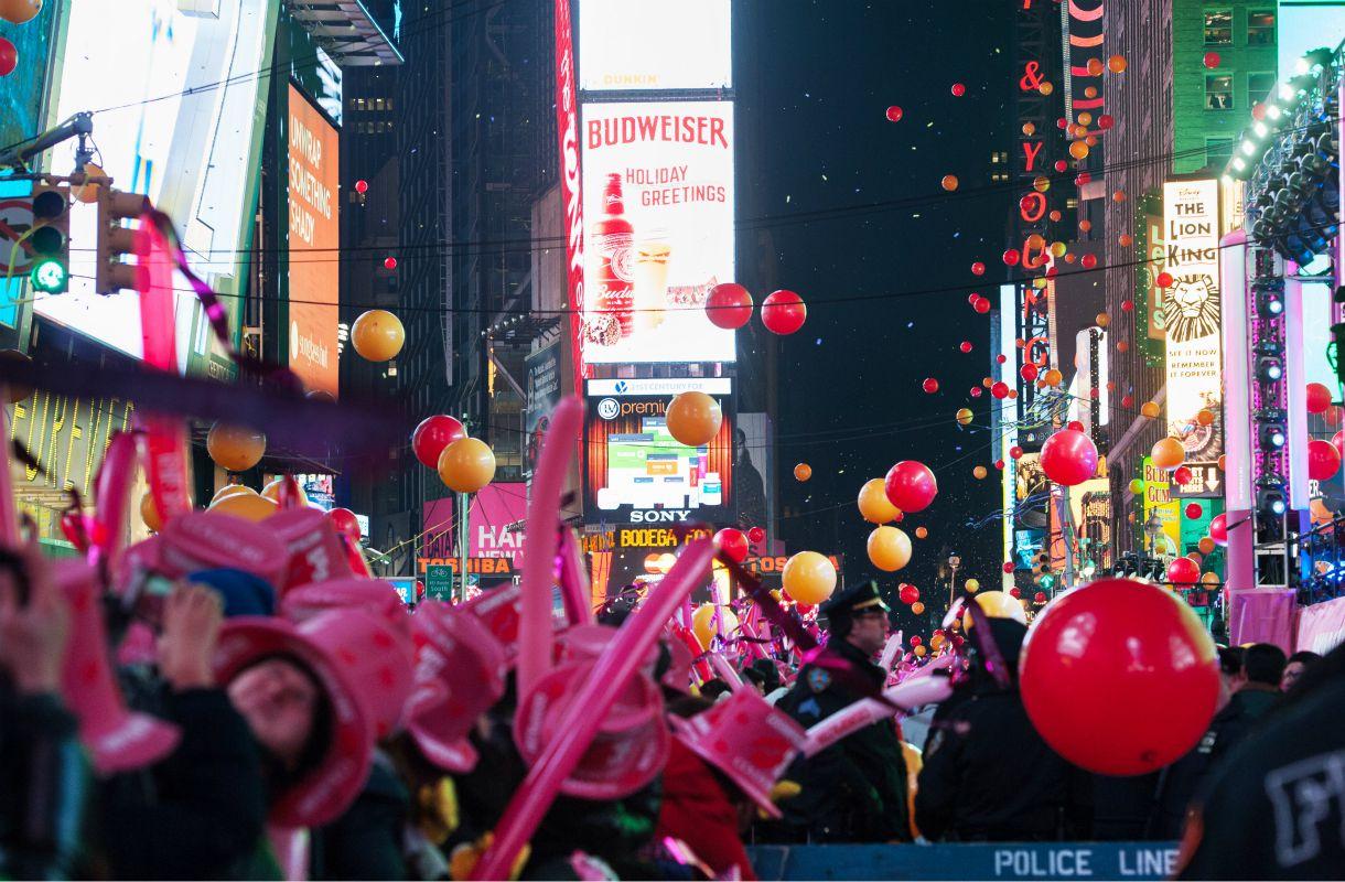 Uudenvuodenaatto New Yorkin Times Squarella