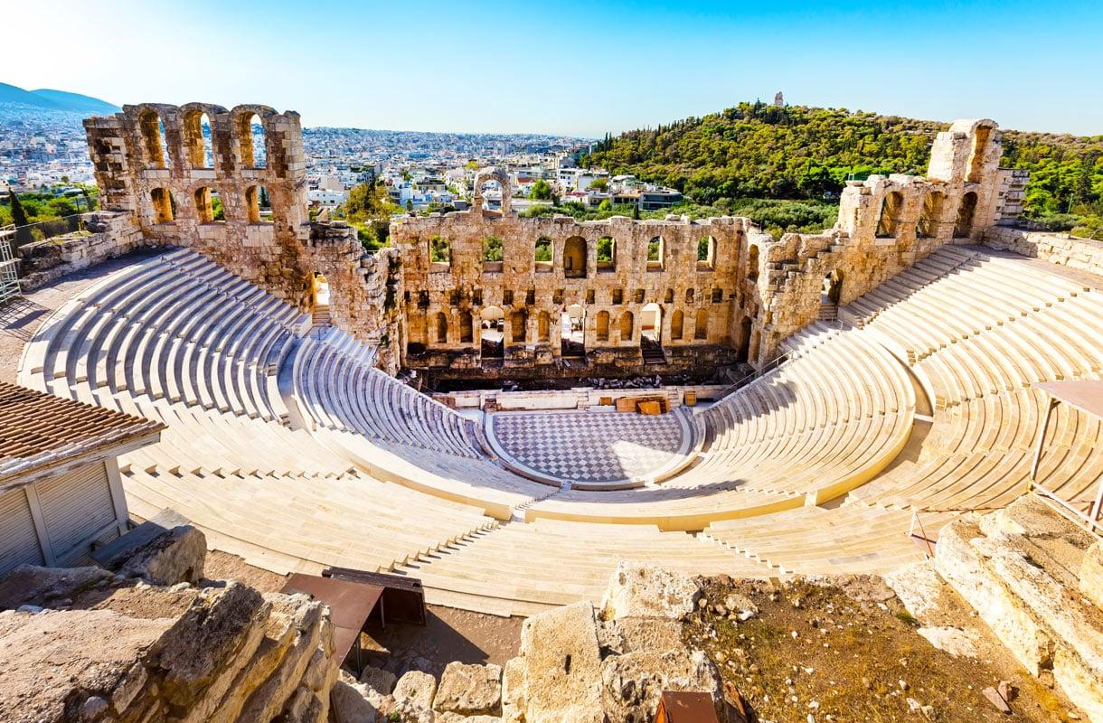 Akropolis on Ateenan tunnetuin nähtävyys